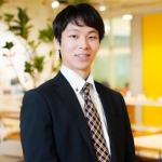 早稲田大学人間科学部に在籍し、現在は1年間休学をしてデジマールで働いています。 大分県出身です。